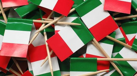 study in italy flags